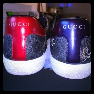 Gucci men's shoes      size USA 10.     Size UK 9